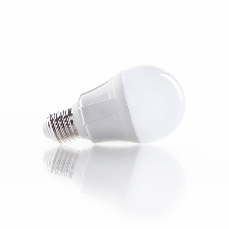 E27 LED-Lampe in Glühlampenform